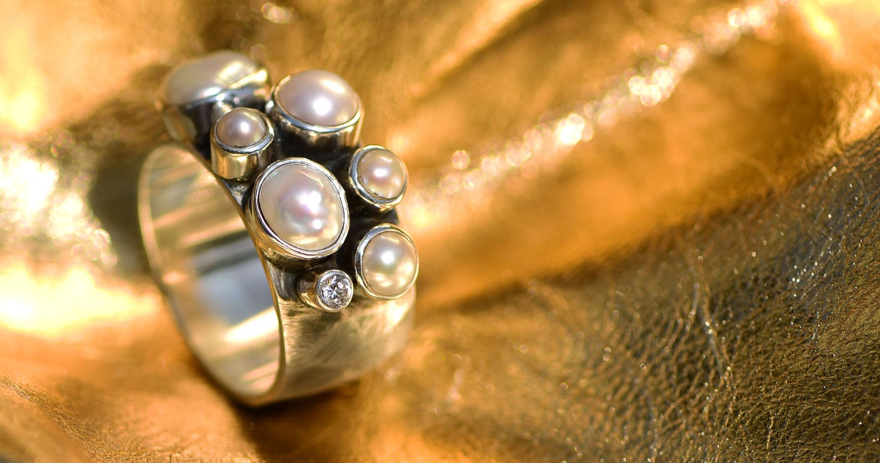 3. R-SS NARADA _SS Pearl Crystal Ring