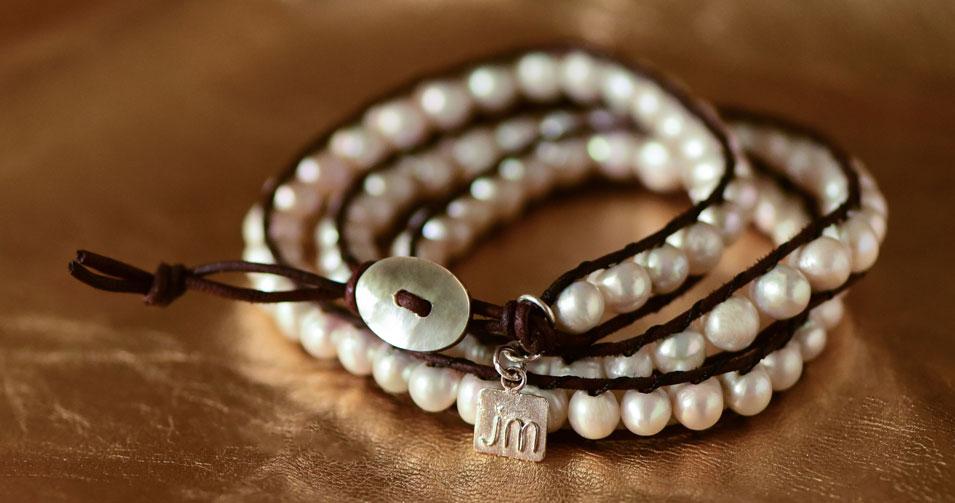3-b-3w-_3-wrap-pearl-bracelet