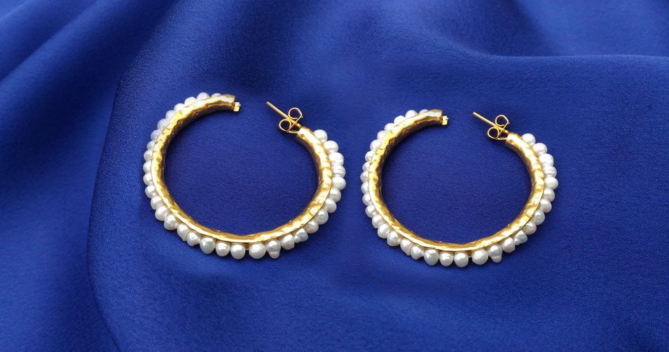 julie-gold-earring-1